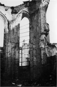 Ruiny prezbiterium Katedry1