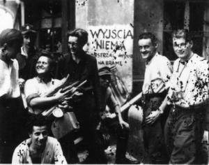 """Obok uśmiechniętej Danuty Mancewicz Bolesław Górecki """"Świca"""" (z prawej), kolejny Jan Bagiński """"Socha"""""""