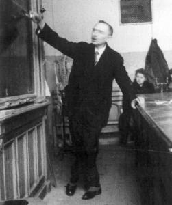 Prof. Stanisław Przyłęcki, wykładowca chemii w Szkole Zaorskiego (1941)